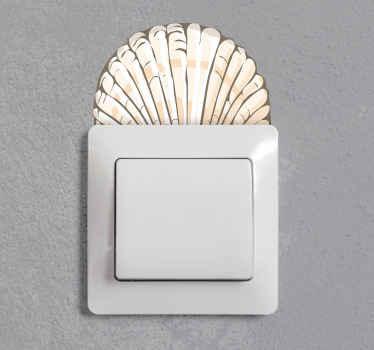 Bel autocollant d'interrupteur de lumière fait avec la conception de coquillage. Votre espace d'interrupteur d'éclairage ne doit plus paraître ennuyeux.