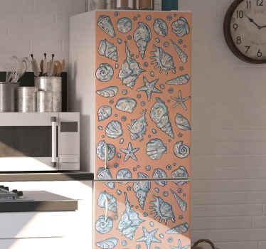 Zeeschelp koelkast sticker. Verander het gezicht van u keuken met een nieuwe look door u koelkastruimte te verbeteren met onze geweldige zeeschelpsticker.