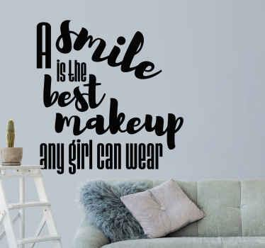 """La mejor manera de decorar la habitación es con este vinilo frase motivadora que cita """"una sonrisa es el mejor maquillaje"""" ¡Compra online!"""