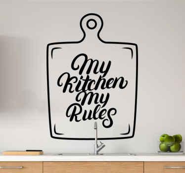 διακοσμητικό σεφ κειμένου για κουζίνα. ένα σχέδιο επιγραφής κειμένου σε μια σανίδα, κείμενο γράφει «« η κουζίνα μου οι κανόνες μου ». εύκολο να εφαρμοστεί και να αφαιρεθεί.