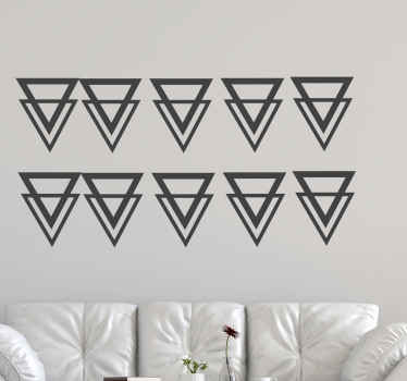 Vinilos de triángulos reflejados para decorar cualquier espacio de una casa. Elige la cantidad y medidas que desees ¡Descuentos disponibles!