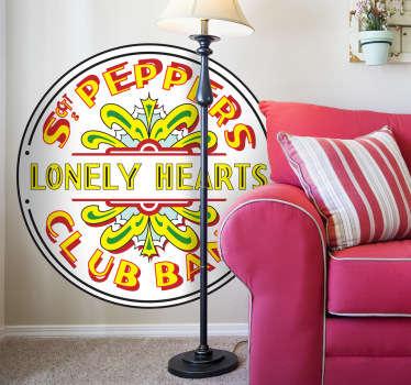 Adesivo murale che raffigura il logo del celebre disco dei Beatles intitolato: Sgt. Pepper's Lonely Hearts Club Band.