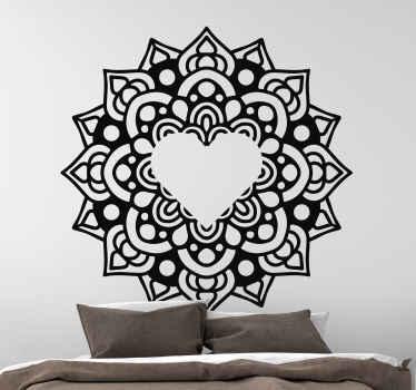 あなたの家を飾るための曼荼羅模様のウォールステッカー。私たちのデザインは、壁、家具、ドア、窓など、どんな平らな面にも貼り付けることができます。