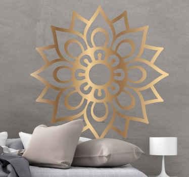 魅力的な中世の記憶マンダラ花のウォールステッカーのデザイン。あなたの家のスペースに素晴らしい外観を与えるための金色の模様の曼荼羅ステッカー。