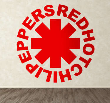 Un sticker mural qui illustre le logo du célèbre groupe funk et rock californien : Red Hot Chili Peppers. Service Client Rapide.