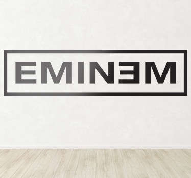 Logotipo adhesivo de uno de los raperos blancos más exitosos de los últimos tiempos.