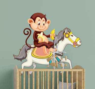 Divertire il tuo bambino con questo adesivo animale illustrativo divertente e funky di un cavallo di cartone animato con scimmia che lo cavalca e mangia banana.