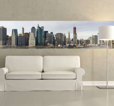 Sticker of the amazing skyline of Manhattan. Perfect decal to decorate your home if you are a person that loves travelling.