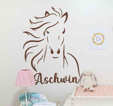 Přizpůsobte si jméno svého dítěte na našem originálním dekorativním obtisku koně. Barva je přizpůsobitelná a snadno se aplikuje.