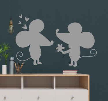 Niedliche maus ehemann und frau hochzeit Aufkleber . Das Design kann auch im schlafzimmer eines paares in einem haus dekoriert werden. Einfach aufzutragen und zu kleben.