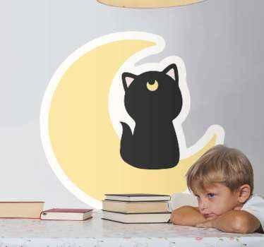 Niedlicher und entzückender katzentieraufkleber, um das zimmer eines kindes zu verschönern. Das Design zeigt eine schwarze katze, die auf einem halbmond sitzt.