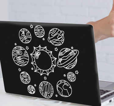 Fantastica illustrazione dello spazio adesivo per il tuo laptop con sfondo nero con illustrazione del bel pianeta e del sole.