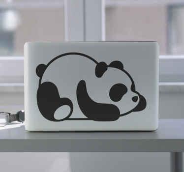 ノートパソコンのスキン装飾用の赤ちゃんパンダ。赤ちゃんパンダがお腹にかわいく横たわっている様子を描いたシンプルで可愛らしいデザイン。色はカスタマイズ可能です。
