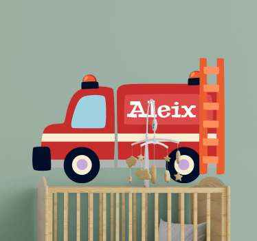 adhesif avec véhicule de pompier. Il présente un gros véhicule rouge avec un nom. Vous pouvez le personnaliser avec votre propre nom ou celui de votre bien-aimé.