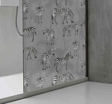 シャワードア用のこの素敵なプリントゼブラ動物デカールであなたのシャワースクリーンスペースを美しくしてください。それはオリジナルで、耐久性があり、適用が簡単です。
