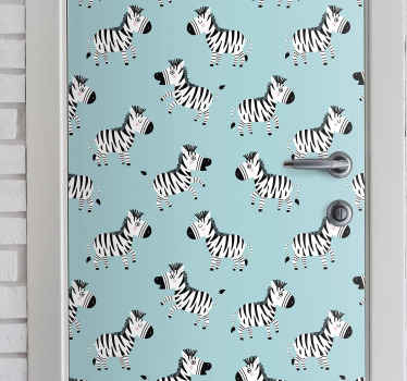 Este increíble vinilo puerta infantil de cebras con fondo azul será perfecto para decorar la habitación de tu hijo ¡Medidas personalizables!
