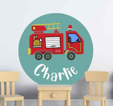 Personnalisez cet autocollant de jouet de camion d'enfants au nom ou au texte de votre choix dans le champ de texte fourni. Il est facile à appliquer et durable.