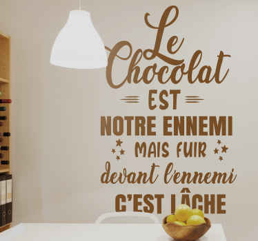 Un adhesif décoratif citation de cuisine en français pour donner à votre cuisine un look original et merveilleux, avec des polices différentes!
