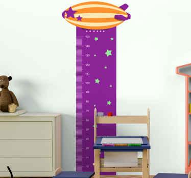 Vinilo medidor con cohete y estrellas para que decores tu casa de forma original. Diseño increíble para ver a tu hijo crecer ¡Envío exprés!