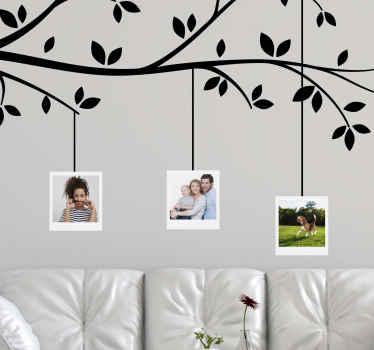 Een geweldige aanpasbare muursticker met boomthema met ruimte voor uw favoriete familiefoto's. Nul residu of schade bij verwijdering.