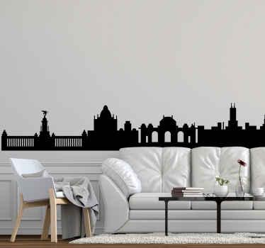 Vinilo de Madrid del skyline de la ciudad con edificios emblemáticos que te permitirán decorar tu casa a tu estilo ¡Envío exprés disponible!