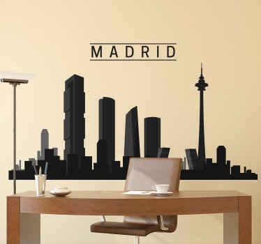 Vinilo skyline de Madrid que muestra algunas de sus estructuras importantes. Creado en color y textura gris oscuro ¡Envío exprés!