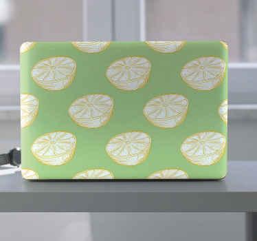 Envuelva cualquier portátil con este vinilo para laptop con fondo verde y con limones dibujados. Elige tu tamaño ¡Envío exprés!
