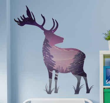 Une belle décoration d'art animalier cerf. Le design est dans le style de la silhouette avec son corps illustré de paysage de montagne et de forêt.