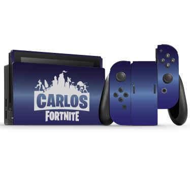 Personalize seu console de jogos nintendo com este adorável autocolante fortnite nintendo com nome personalizado. é original e duradouro.