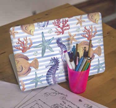 Beau stickers pour ordinateur portable de la vie marine. Un dessin présentant des poissons de mer, des coraux, des hippocampes, des étoiles de mer