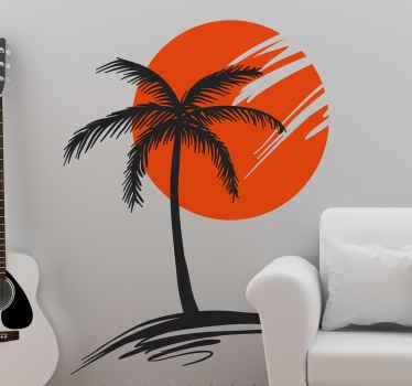 Palmový strom se štítkem západu slunce