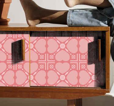 抽象的な形のデザインの装飾的なピンクの背景の家具デカール。背景にはハートとタイルのパターンデザインのデザインがあります。