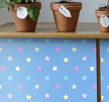 家具用の高品質ビニールデカールで家具スペースを飾りましょう。デザインは、色とりどりのスタープリントが施された青い背景で作られています。