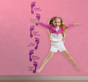 Kids Wall Stickers - Original design to help measure the growth of kids.  *Measurements in feet.Decals ideal for kids´bedrooms and play areas.