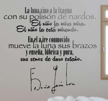 Primeros dos versos en adhesivo del famoso poema del autor granadino Federico García Lorca.