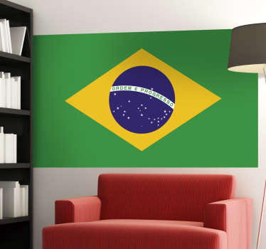 Een leuke muursticker met de Braziliaanse vlag, het land van het voetbal! Een mooie wandsticker voor de liefhebbers van dit land!