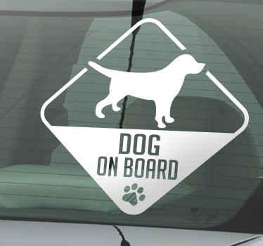 Hund ombord bil klistremerke