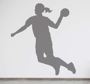 Op deze muursticker is een handbalspeelster in actie met de bal afgebeeld. Verkrijgbaar in verschillende kleuren en maten. Dagelijkse kortingen.