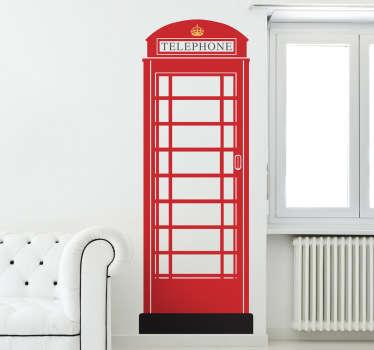 ロンドンの赤い電話ボックスの壁のステッカー