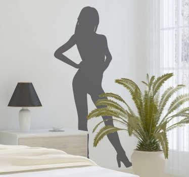 Adhesivo de una joven y sexy mujer totalmente desnuda salvo por las botas altas con tacón que calza.
