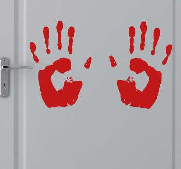 Bir korku filmi tema duvar çıkartmaları. Kanlı el izleri bu çift misafirlerinizi korkutmak veya sadece cadılar bayramı sırasında evinizi dekore etmek için idealdir.