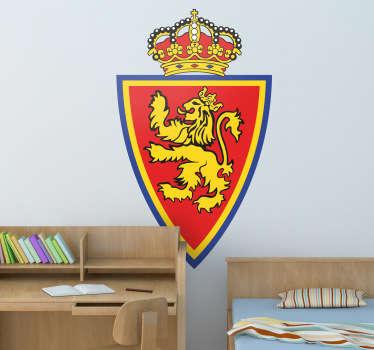 Este vinilo decorativo con el escudo del Real Zaragoza seguro que lucirá en la decoración de todos sus aficionados.