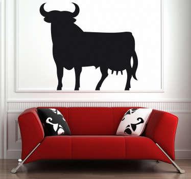 Adesivo murale che raffigura la silhouette di una curiosa creatura a metà tra una vacca ed un toro. Un'immagine simpatica ed originale per decorare le pareti di casa.