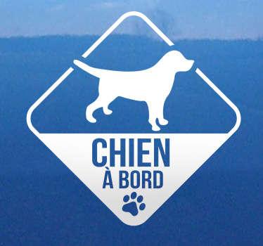 Sticker voiture chien à bord