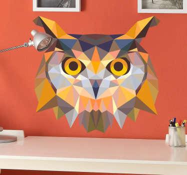 Een geometrische muursticker met een artistieke design van het hoofd van een uil. Dan is deze wanddecoratie leuk voor de decoratie van uw woning.