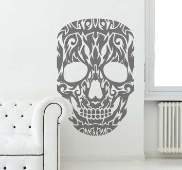 Sticker tête de mort tribale