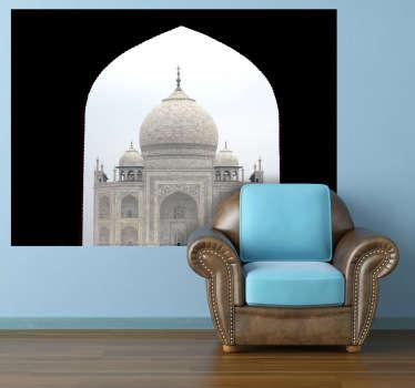 Fotomurale d'autore che ritrae il famoso mausoleo indiano visitato da migliaia di turisti ogni anno. Una decorazione ideale per gli appassionati di cultura indiana.