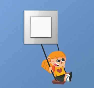 autocolante de interruptor de luz de uma menina balançando. O projeto retrata uma criança em um parque ou em um espaço recreativo, se divertindo em um balanço.