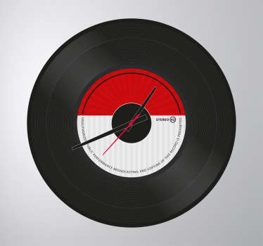 Vinyl record design. Simple and distinctive, ideal for music lovers. If you would like the clock mechanism we also have these available for to buy!