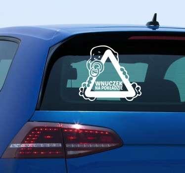 Poinformuj innych kierowców, że podróżuje z Tobą samochodem najmłodszy członek rodziny. Naklejki dziecko na pokładzie. Ponad 50 dostępnych kolorów!